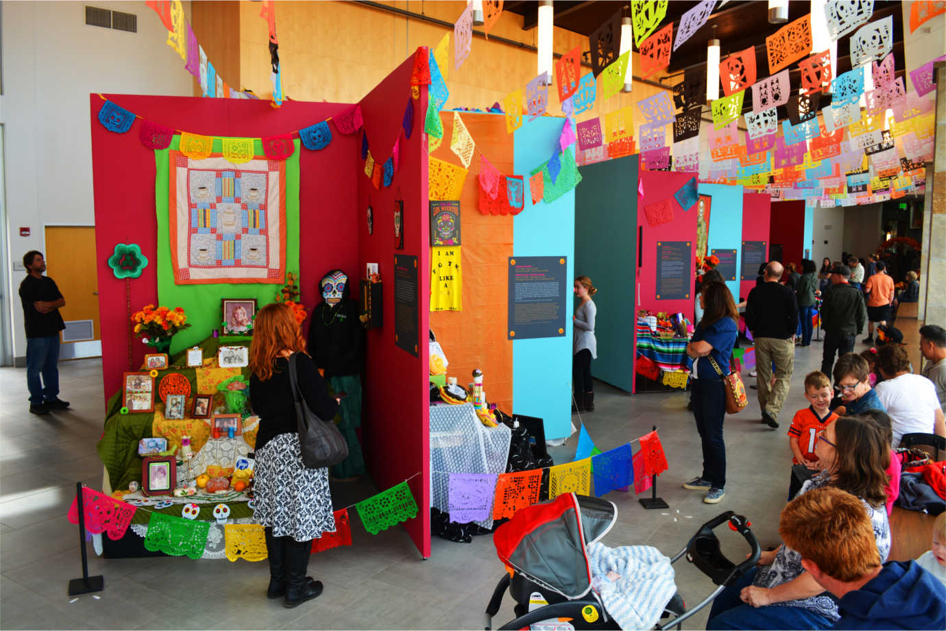 The Longmont Museum's *Dia de los Muertos* celebration draws 6,000 attendees from across Colorado and the surrounding states. Image courtesy of the Longmont Museum.